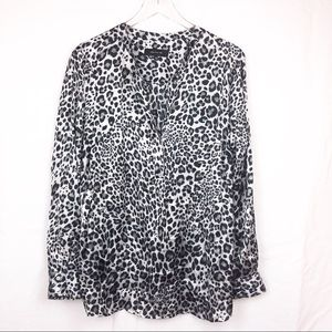 JONES New York gray black leopard animal print